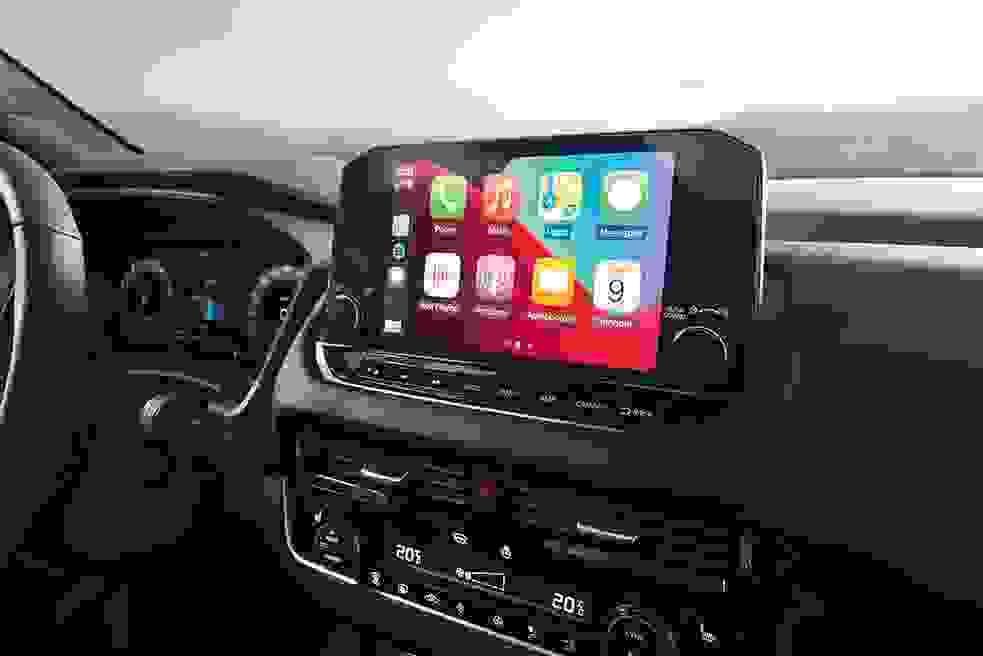 Nissan New QQ Image3