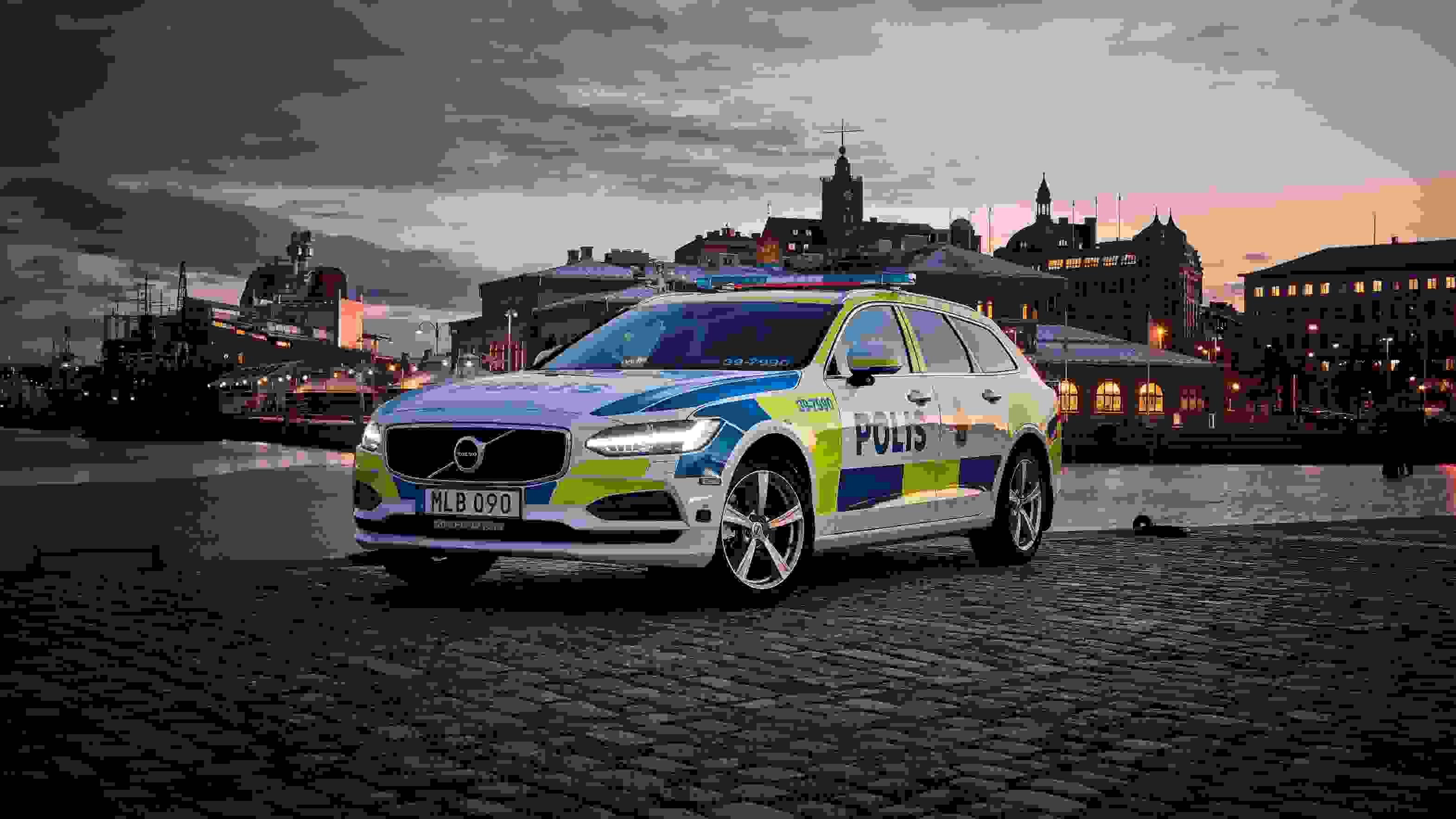 201331 Volvo V90 As A Police Car