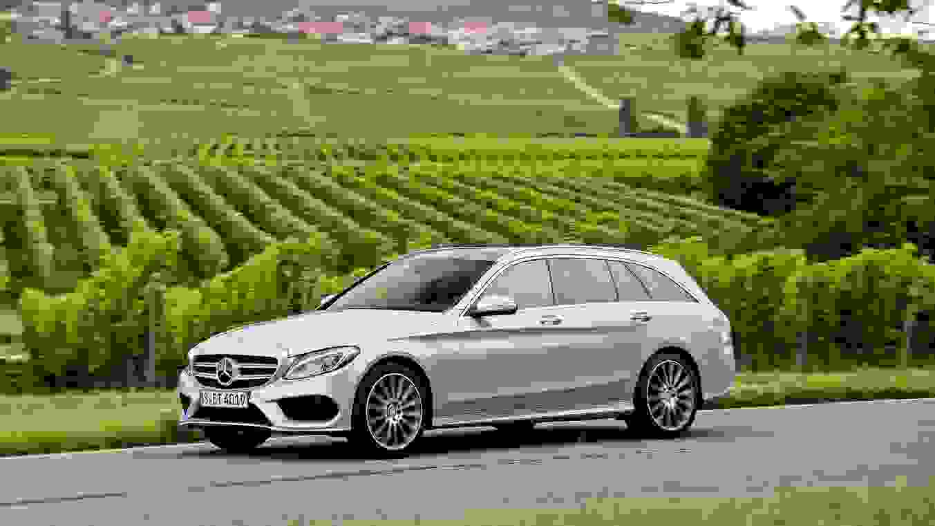 Mercedes Benz C Class Estate 2015 1600 08