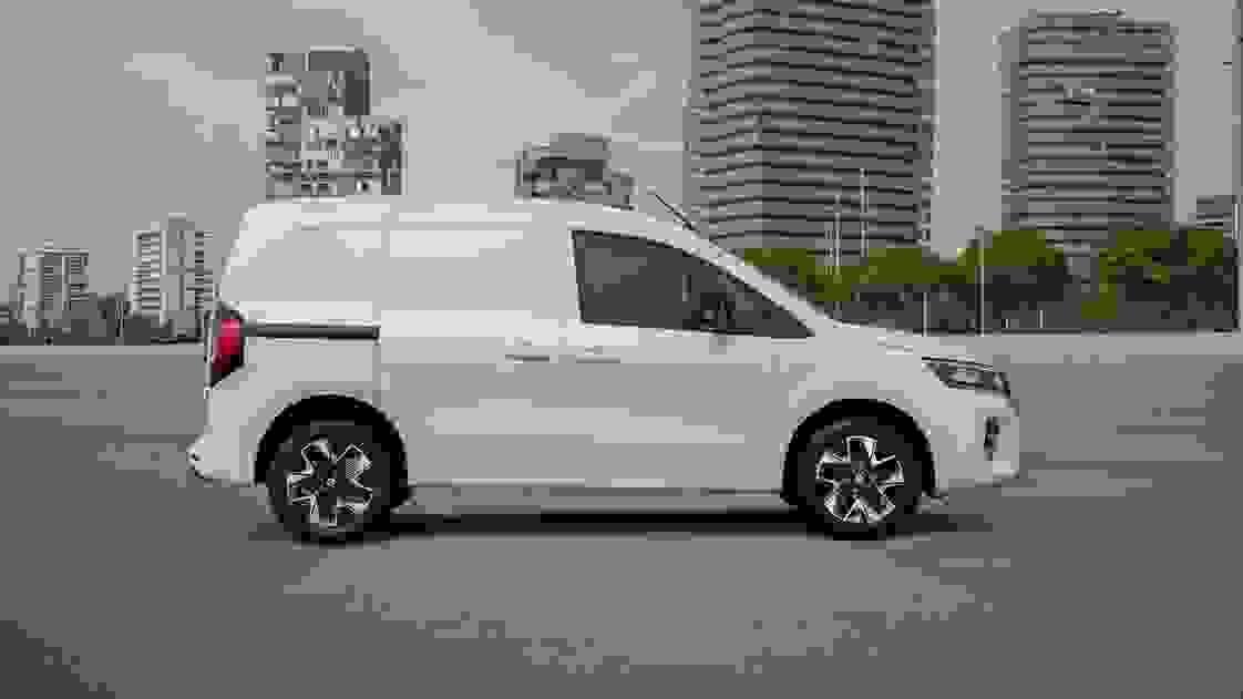 Townstar EV Van Static 02