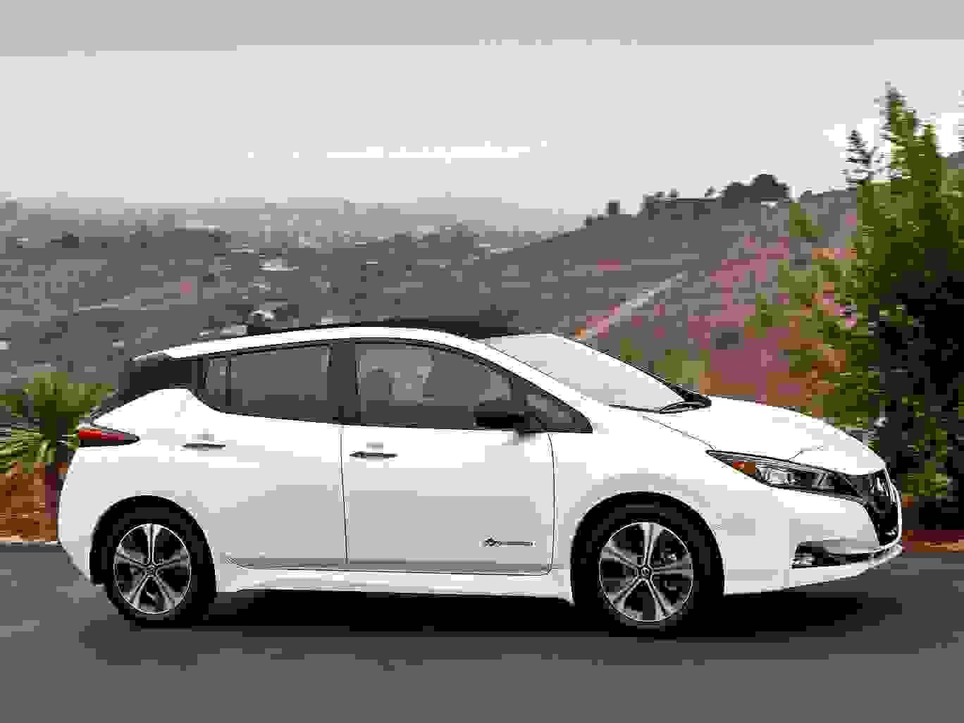 Nissan Leaf 2018 1600 0B