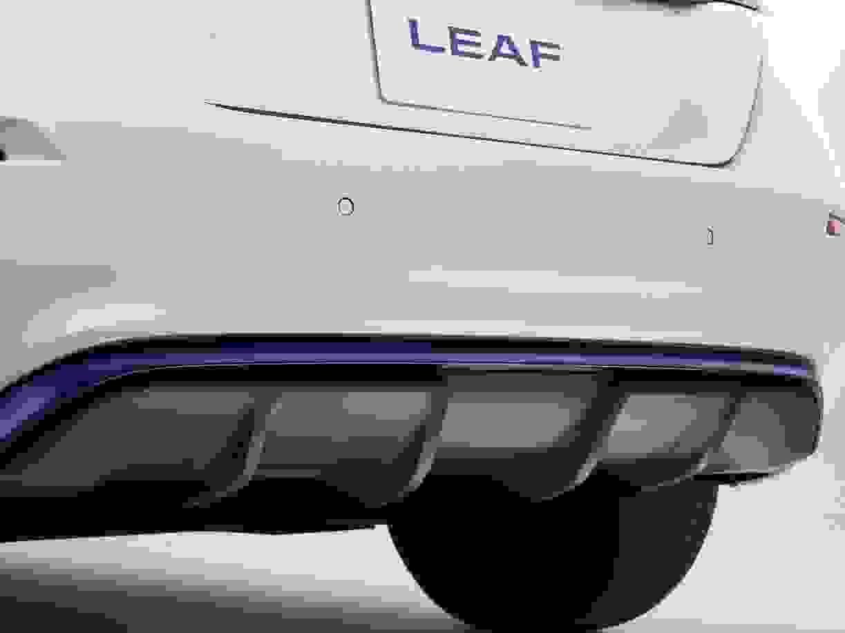 Nissan Leaf 2018 1600 49